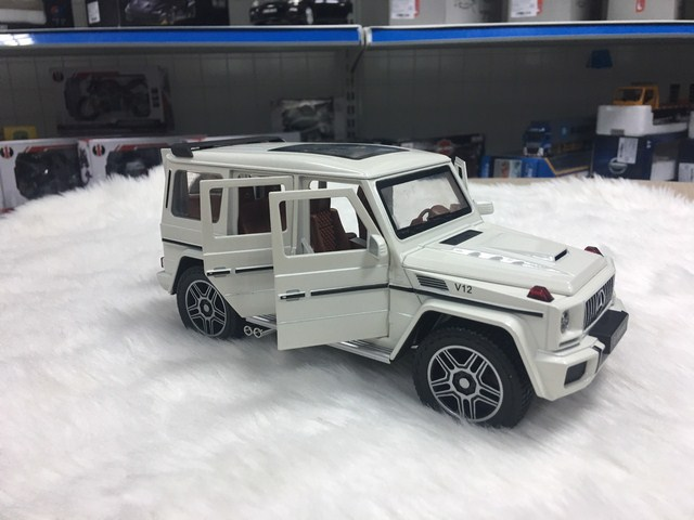 SP006003 - [Chezhi] Mercedes G63 124 [White